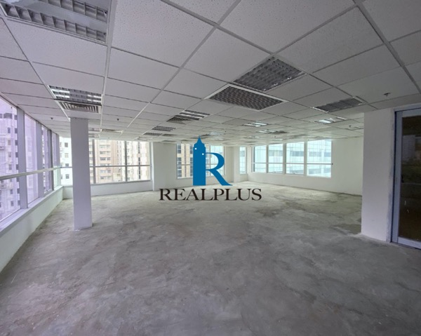 LKF 29 Rent for Office High Floor | RealPlus